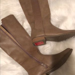 Kenneth Cole unlisted boots